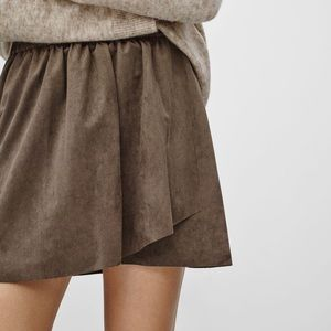 Wilfred Free Nescher Suede Skirt Black